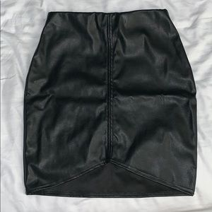Black shinny skirt